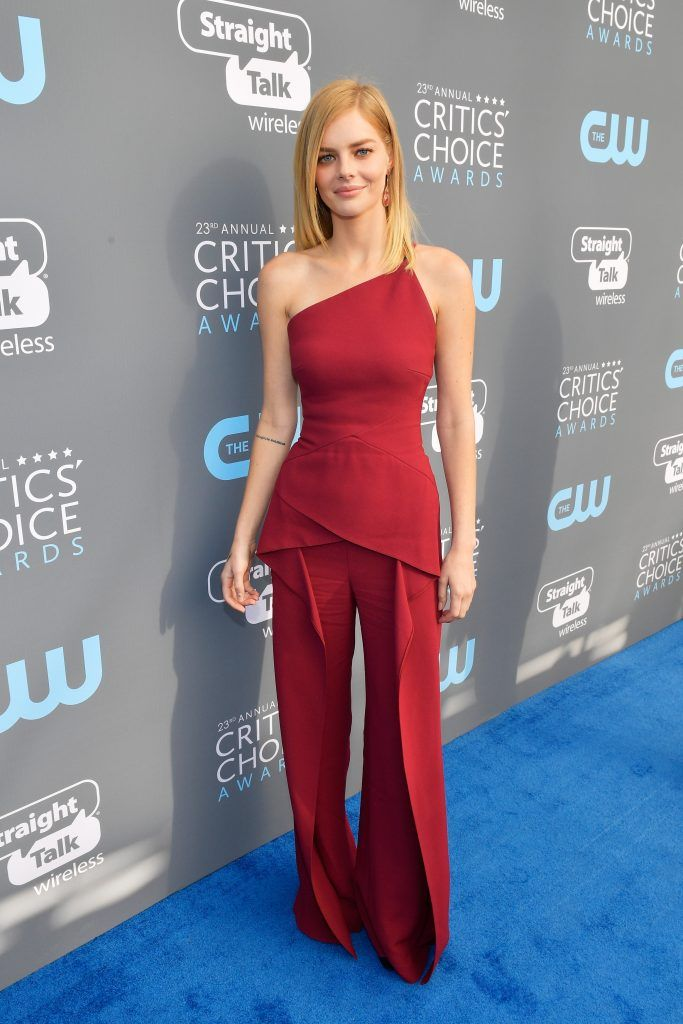 SANTA MONICA, CA - JANUARY 11:  Actor Samara Weaving attends The 23rd Annual Critics' Choice Awards at Barker Hangar on January 11, 2018 in Santa Monica, California.  (Photo by Matt Winkelmeyer/Getty Images for The Critics' Choice Awards  )