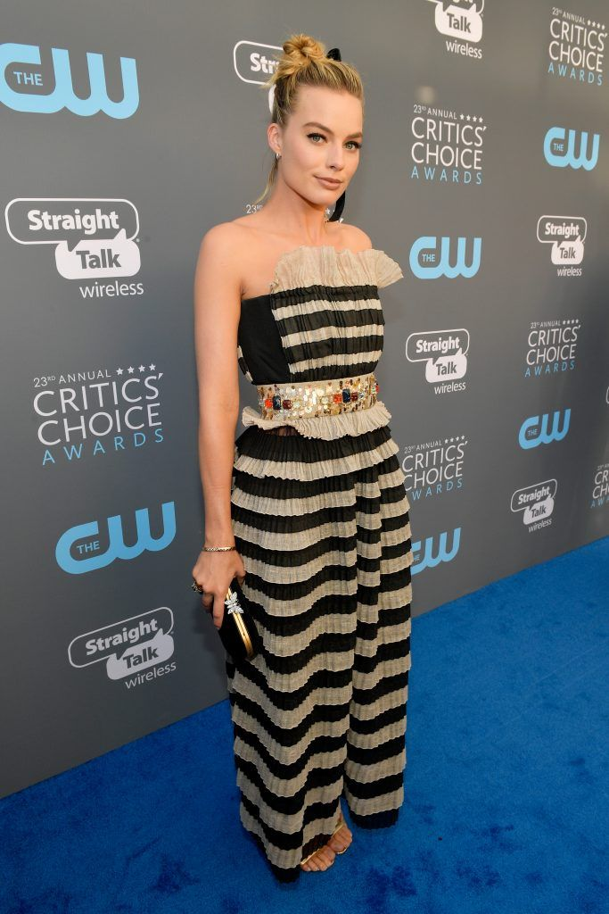 SANTA MONICA, CA - JANUARY 11:  Actor Margot Robbie attends The 23rd Annual Critics' Choice Awards at Barker Hangar on January 11, 2018 in Santa Monica, California.  (Photo by Matt Winkelmeyer/Getty Images for The Critics' Choice Awards  )