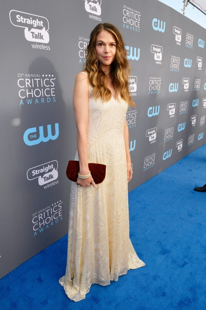 SANTA MONICA, CA - JANUARY 11:  Actor Sutton Foster  attends The 23rd Annual Critics' Choice Awards at Barker Hangar on January 11, 2018 in Santa Monica, California.  (Photo by Matt Winkelmeyer/Getty Images for The Critics' Choice Awards  )