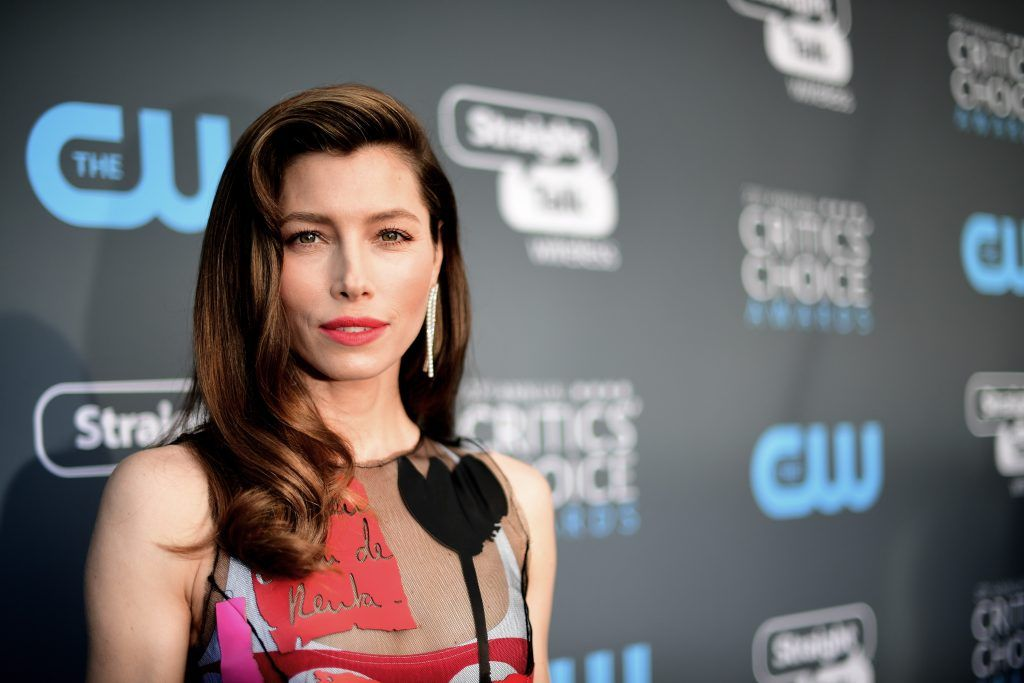 SANTA MONICA, CA - JANUARY 11:  Actor Jessica Biel attends The 23rd Annual Critics' Choice Awards at Barker Hangar on January 11, 2018 in Santa Monica, California.  (Photo by Matt Winkelmeyer/Getty Images for The Critics' Choice Awards  )