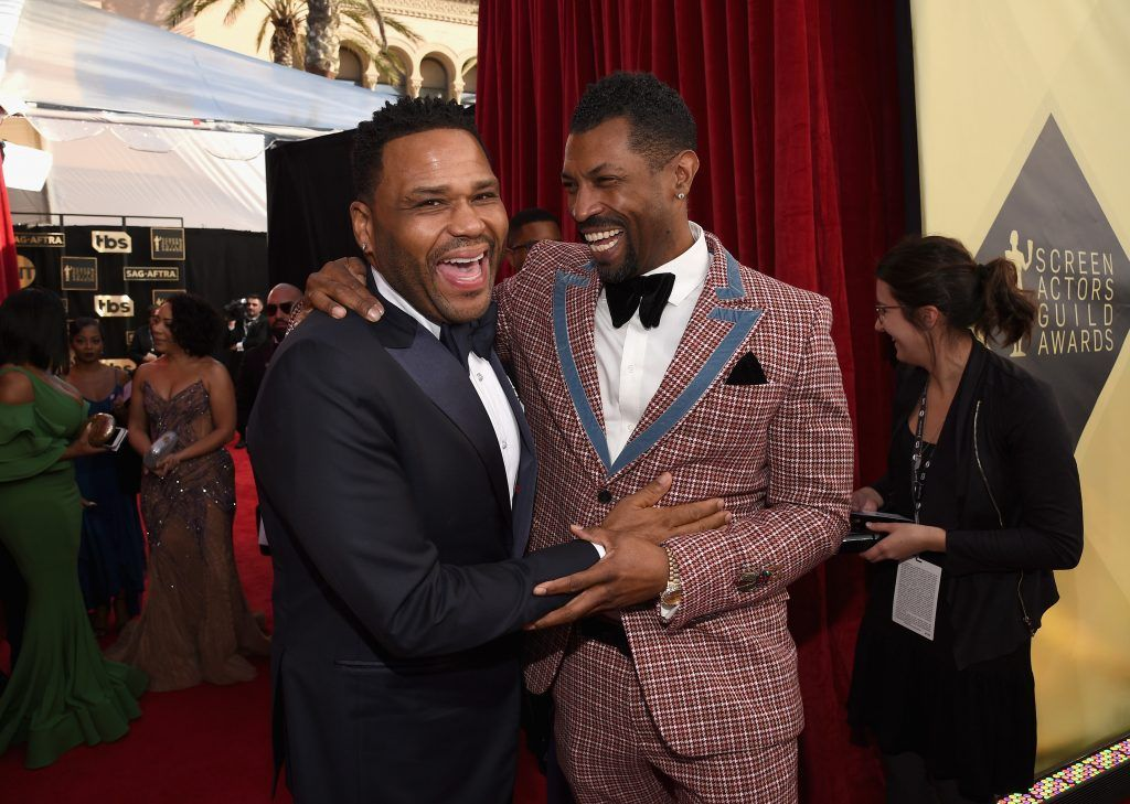 LOS ANGELES, CA - JANUARY 21:  Actors Anthony Anderson (L) and Deon Cole attend the 24th Annual Screen Actors Guild Awards at The Shrine Auditorium on January 21, 2018 in Los Angeles, California.  (Photo by Kevork Djansezian/Getty Images)