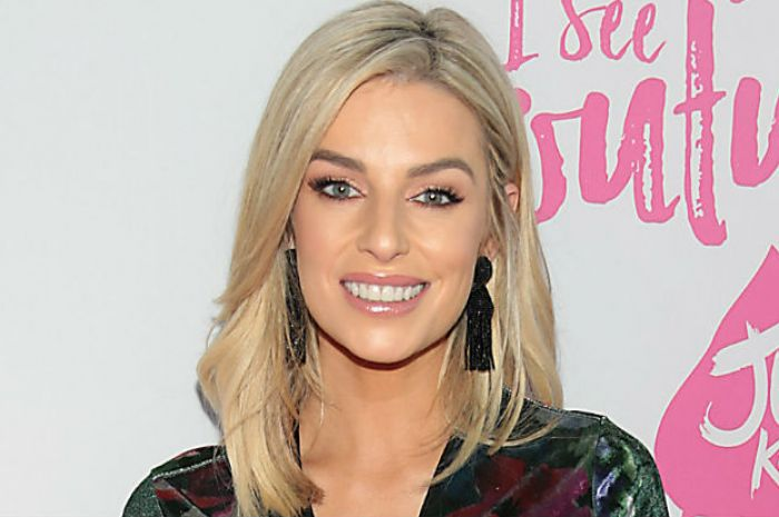 e25fc1c015cd Get the Look: Pippa O'Connor's adorably chic (and cheap!) Fashion Factory  outfit | Beaut.ie