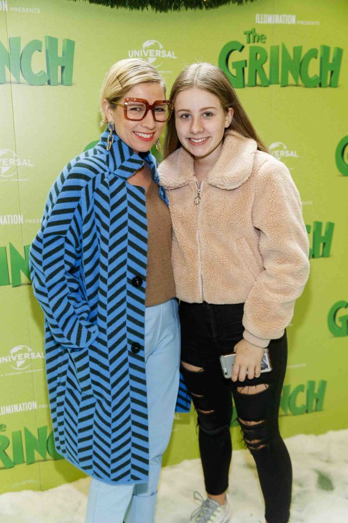 Soyna Lennon and daughter Evie Smith (13) pictured at the Irish premiere screening of The Grinch at ODEON Point Village, Dublin. Picture Andres Poveda