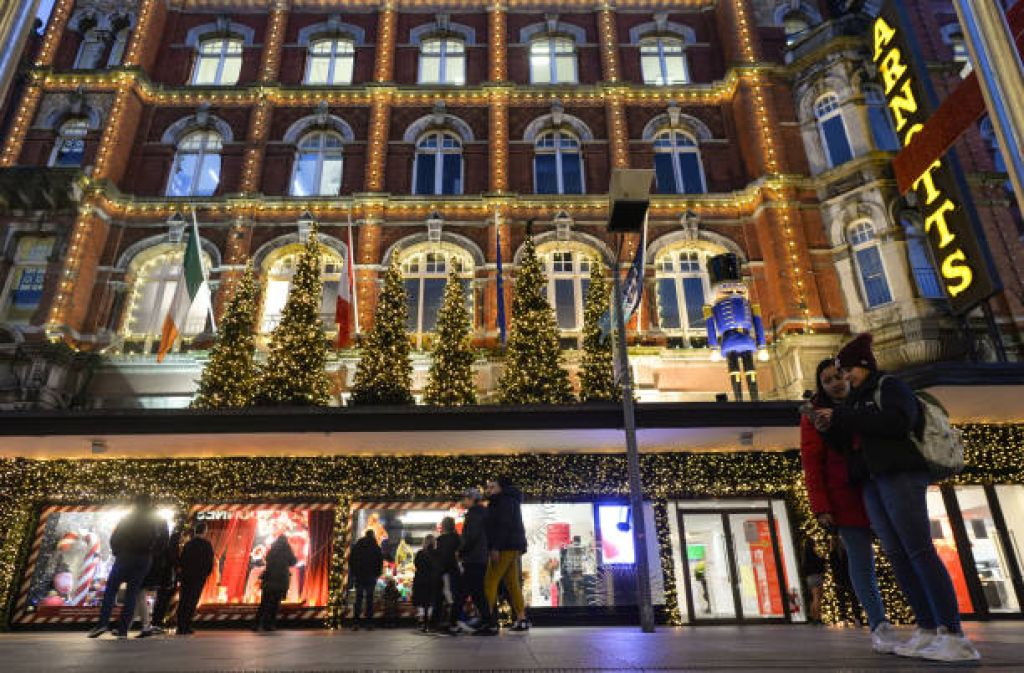 Department store shoppers charged extra Brexit import fees