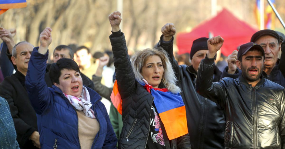 Thousands in new rally to demand Armenian prime minister's resignation
