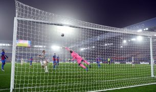 Man United In Dour Draw Against Crystal Palace
