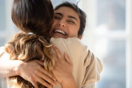 6 Things You Know If You Really, Really Miss Hugging People