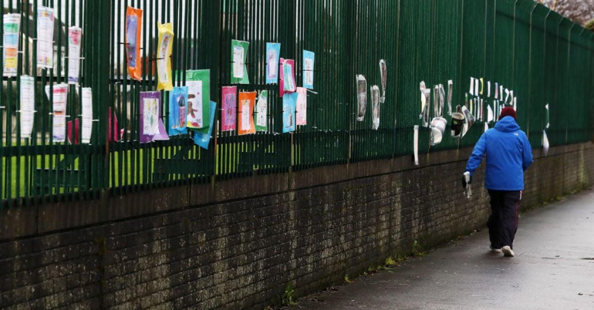 Primary school and fifth year pupils to return to school next week | BreakingNews.ie