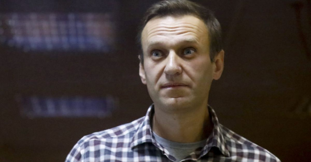 'Near death' Kremlin critic Alexei Navalny sent to prison hospital