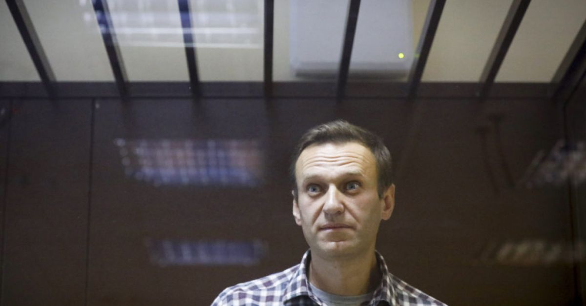 Russia suspends operation of Navalny's offices ahead of ban ruling