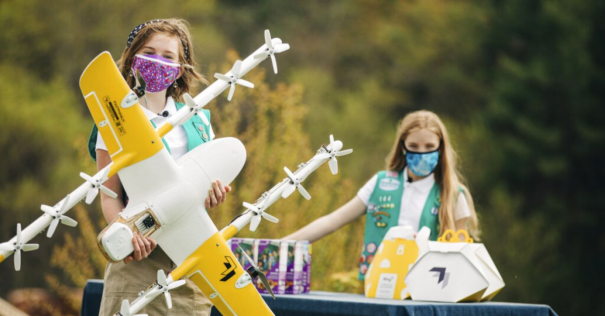 Drones used to deliver Girl Scout cookies to people's doorsteps in US