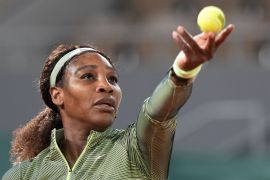 Serena Williams Beats Irina-Camelia Begu In First French Open Night Session