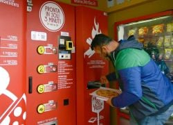 Pizza Vending Machine Prompts Horror From Locals In The Birthplace Of The Margherita