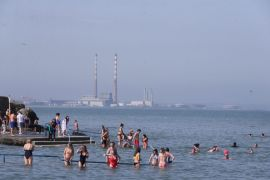 Temperatures To Reach 30 Degrees As Concerns Grow Over Drinking Water Supplies