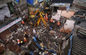 11 Dead As Three-Storey Building Collapses In India Amid Heavy Rain