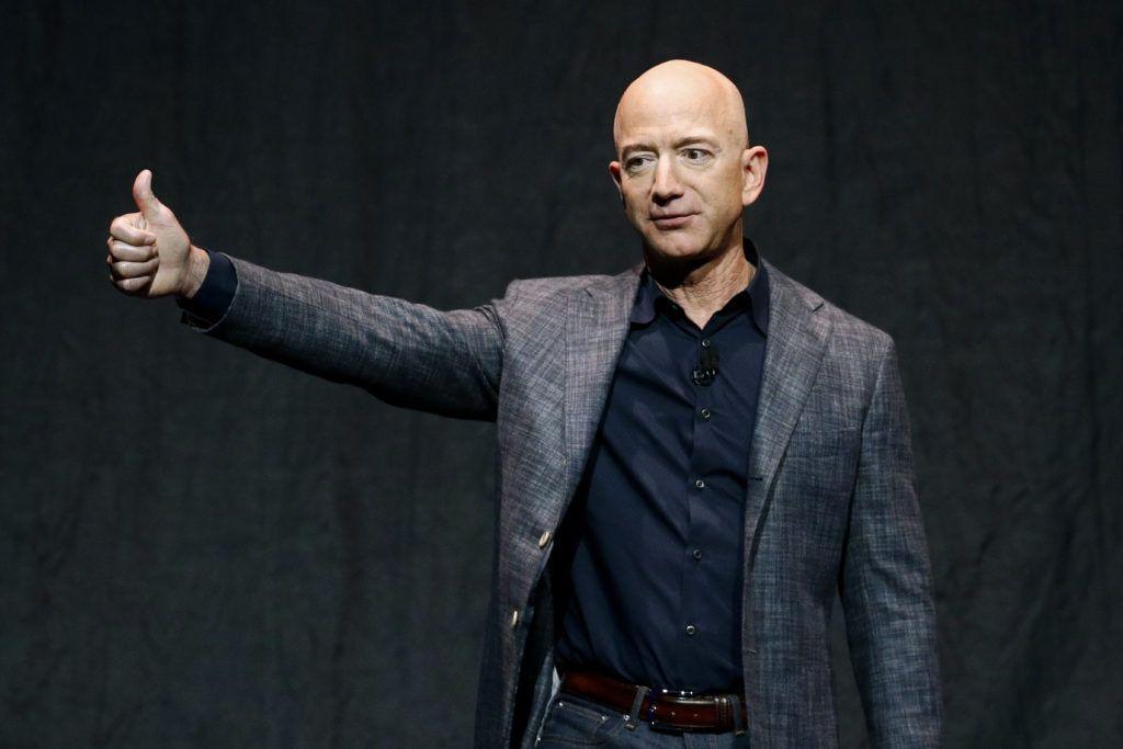 28 million dollar auction bid wins ride into space with Jeff Bezos