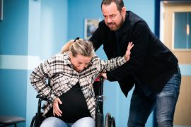 Dani Dyer Makes Eastenders Cameo In Scene With Father Danny Dyer