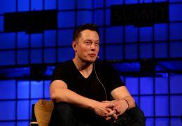 Elon Musk Buys Ticket On Richard Branson's Space Flight