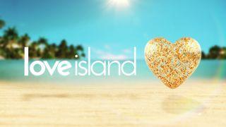Love Island Boys Take Part In Kissing Game In Casa Amor