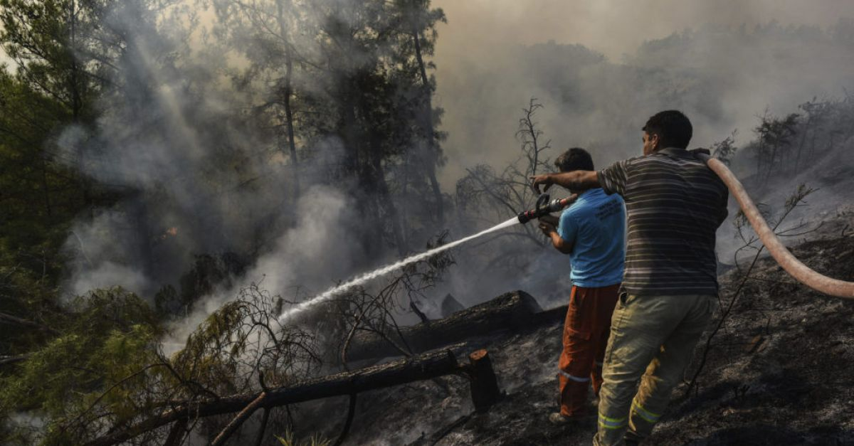 Fire crews continue to fight Turkish fires as some reignite