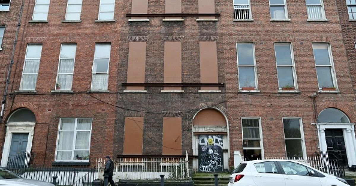 Tánaiste rejects calls for three-year rent freeze over concern for landlord incomes - BreakingNews.ie
