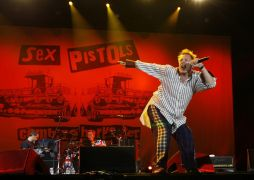 Rare Film Footage Of Historic 1976 Sex Pistols Concerts To Go On Sale