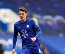 Andreas Christensen To Stay At Chelsea After Club Ups Offer
