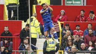 Andros Townsend Strike Earns Everton A Point Against Manchester United