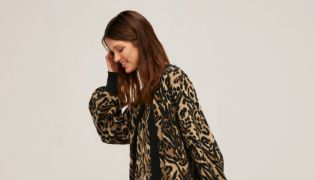 4 Effortlessly Stylish Ways To Wear Animal Print For Autumn