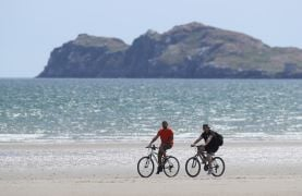 Bank Holiday Weekend Expected To Be Dry With Some Sunny Spells