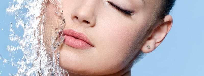 HYDRA-FACIAL WITH ADDED EYE LIFT ONLY €249