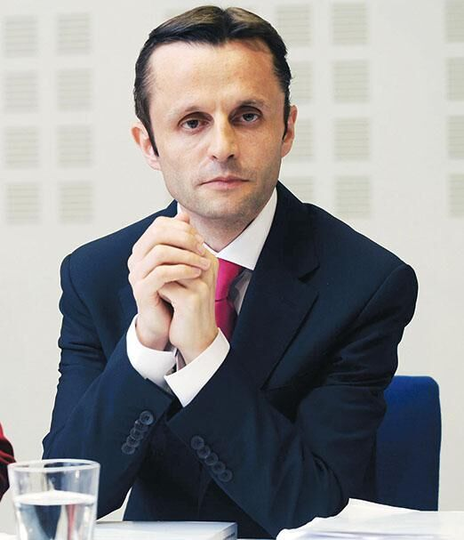 Профессор Джери Шеннон, специальный докладчик Ирландии по вопросам защиты детей: «Мыили католической церкви быть вне досягаемости закона, и допускать, чтобы любое учреждение было вне досягаемости штата, опасно»