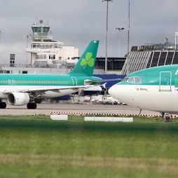 Aer Lingus to outsource handling functions