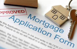 How to negotiate the mortgage maze to get to your first home