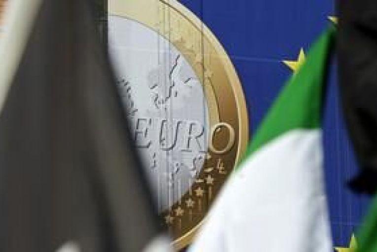 Italian yield drops on prospect of ECB bond buying