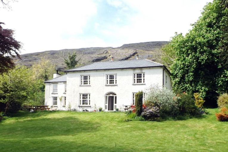 Adrigole House in West Cork is a Georgian country house dating from the 1740s with a 19th-century extension