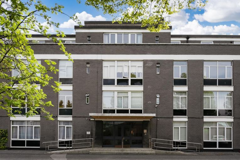No 26 Courtney House is guiding an advised minimum value of €270,000