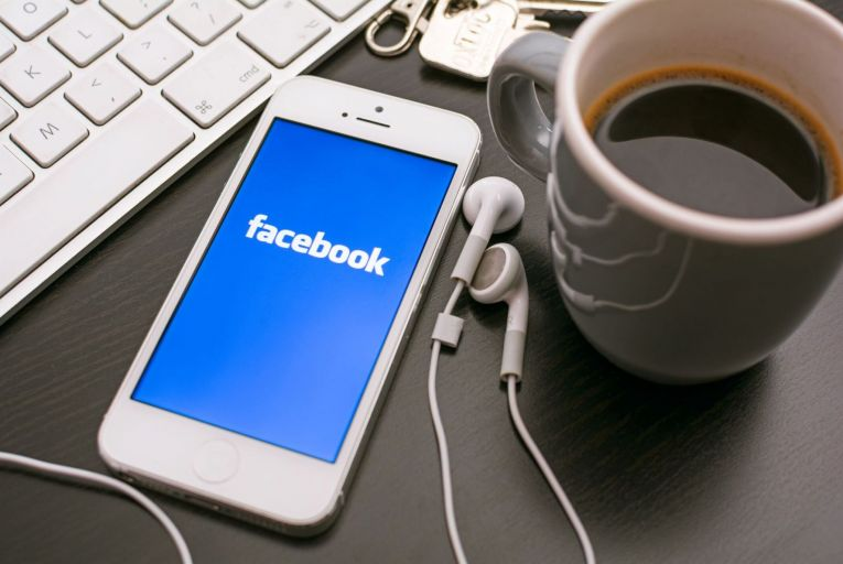 Analysis: Facebook ready to fight Apple over privacy restrictions