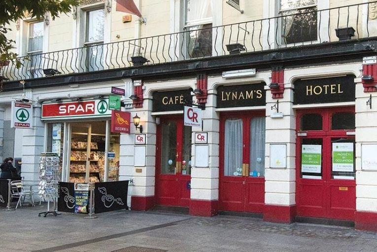 Lynams Hotel on OConnell Street in Dublin 1