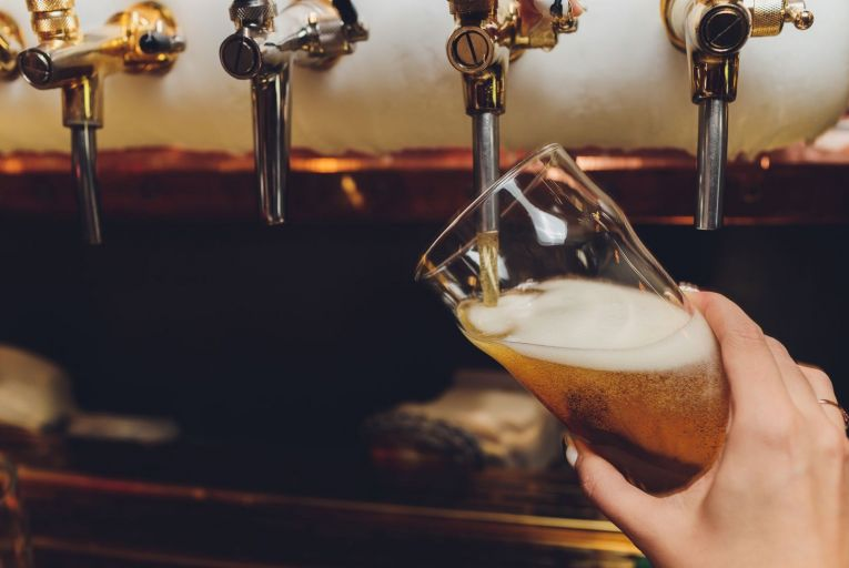 Publicans to meet Fine Gael ahead of decision on summer reopening