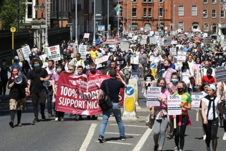 Protesters marching from the Convention Centre Dublin to Leinster House in support of a 100 per cent redress scheme for homeowners affected by the mica scandal. Picture: Sasko Lazarov/RollingNews.ie