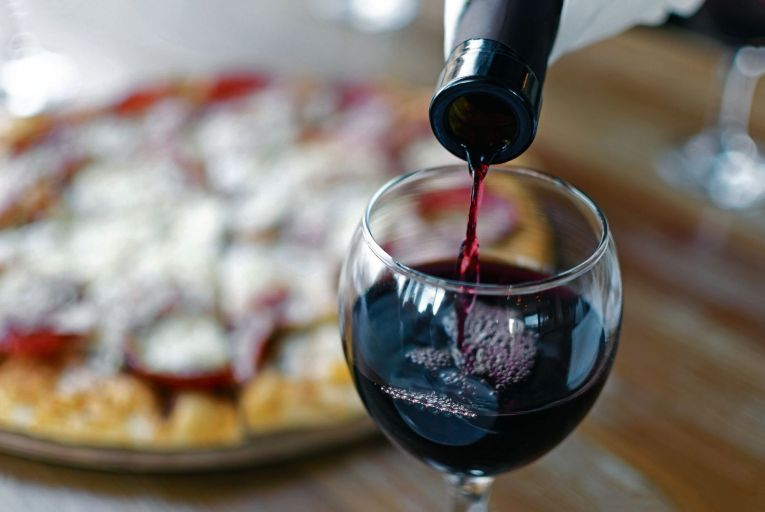 Wine: The perfect partner for a pizza heaven