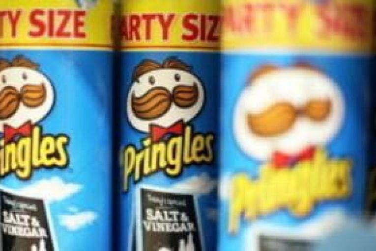 Kellogg buys Pringles for $2.7 billion