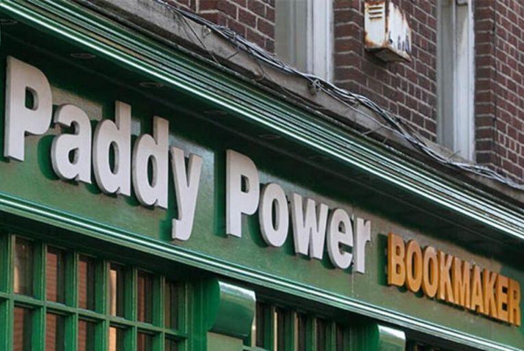 Irish bookies won't follow British ban on credit card betting online