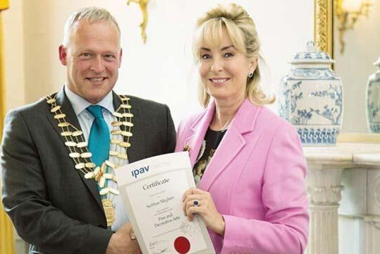 IPAV awards fine art certificates to students