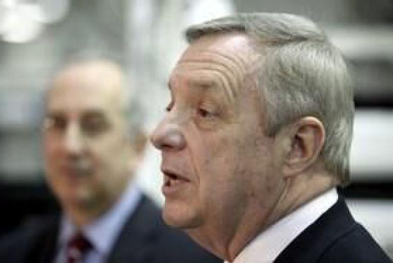 Illinois senator urges passing of Irish immigrant bill