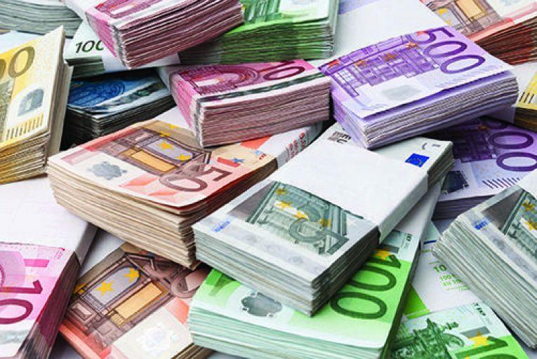 Irish firms sitting strategically pretty atop  €12.3bn cash pile