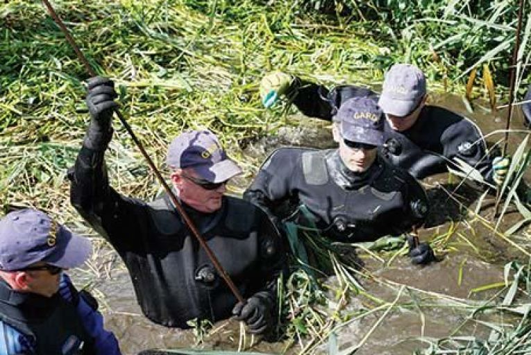 GardaÍ searching Balmer's Bog in Dundalk for the body of Ciara Breen last week. Picture: RollingNews.ie.