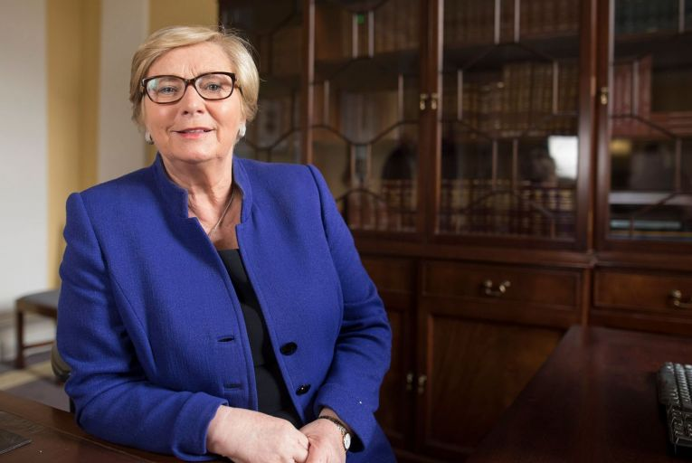 Fitzgerald calls for immediate gender balance in cabinet roles
