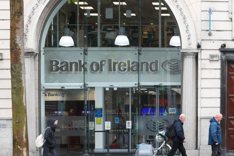 Donohoe sets in train state's exit strategy from stake in banks
